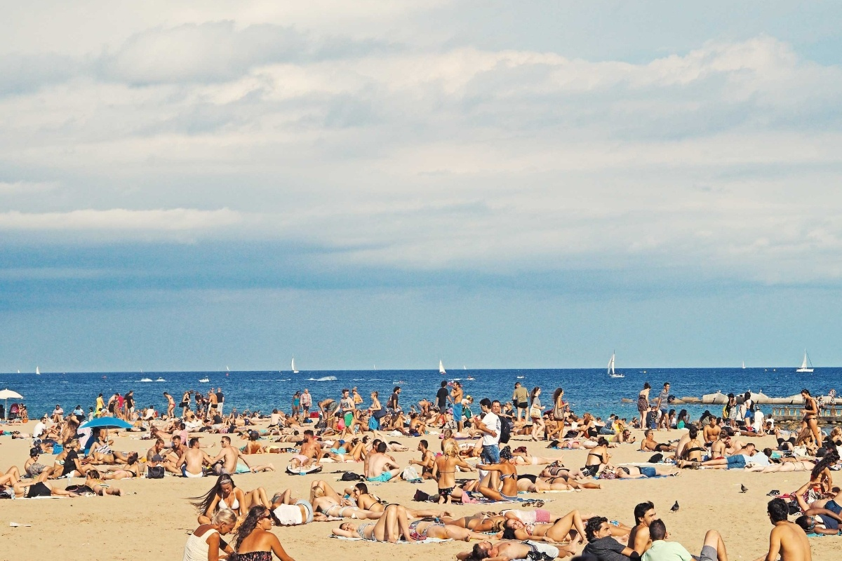 People-holidaying-in-Barcelona-Spain